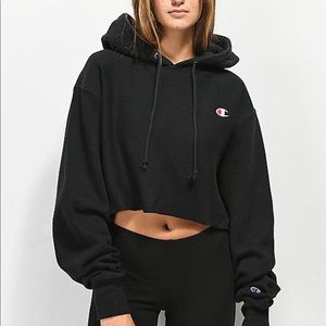 • NWT cropped black sweatshirt •